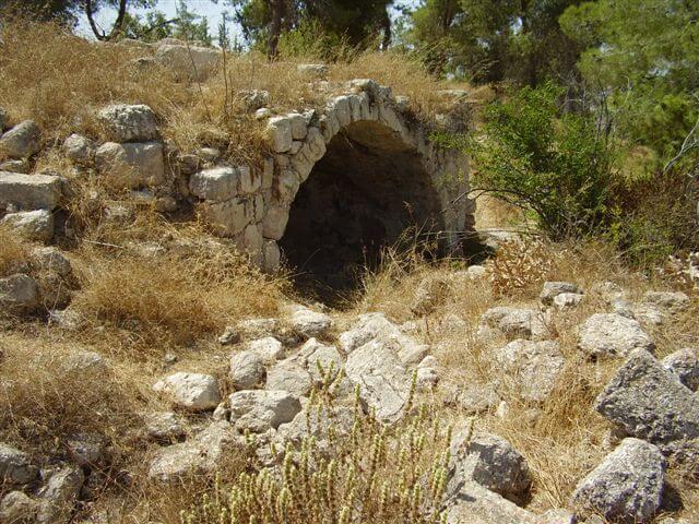 Archäologie Israel Höhle Adulam